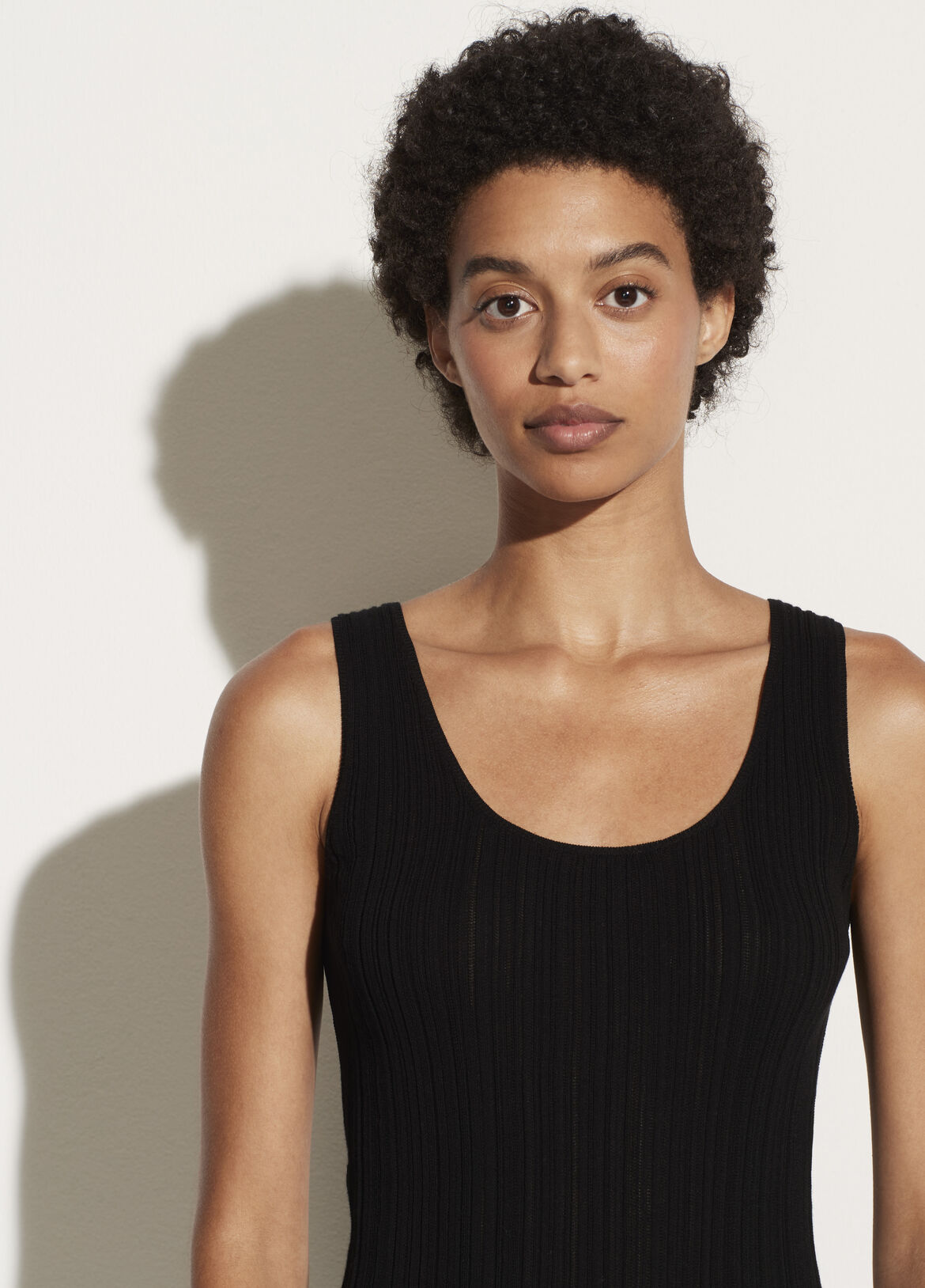 빈스 Vince Ribbed Scoop Back Camisole,black