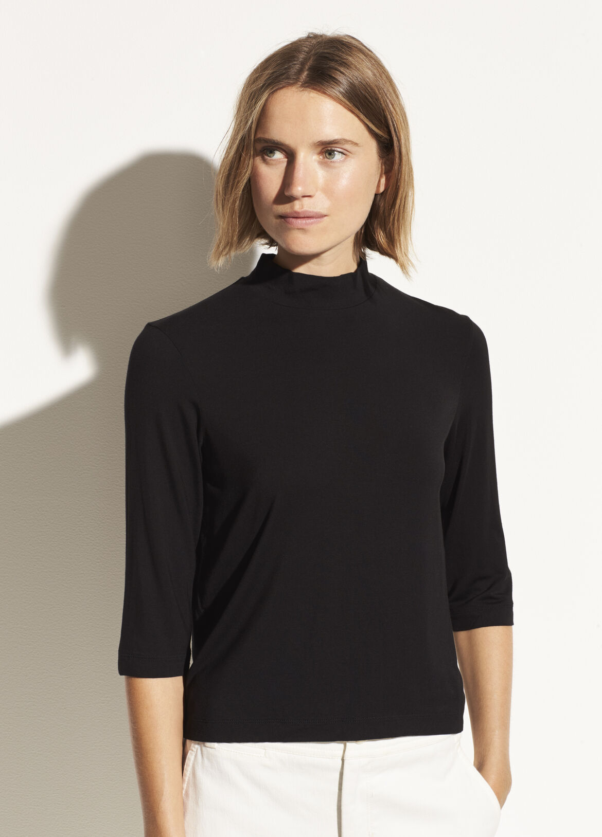 빈스 Vince Shrunken Mock Neck,black
