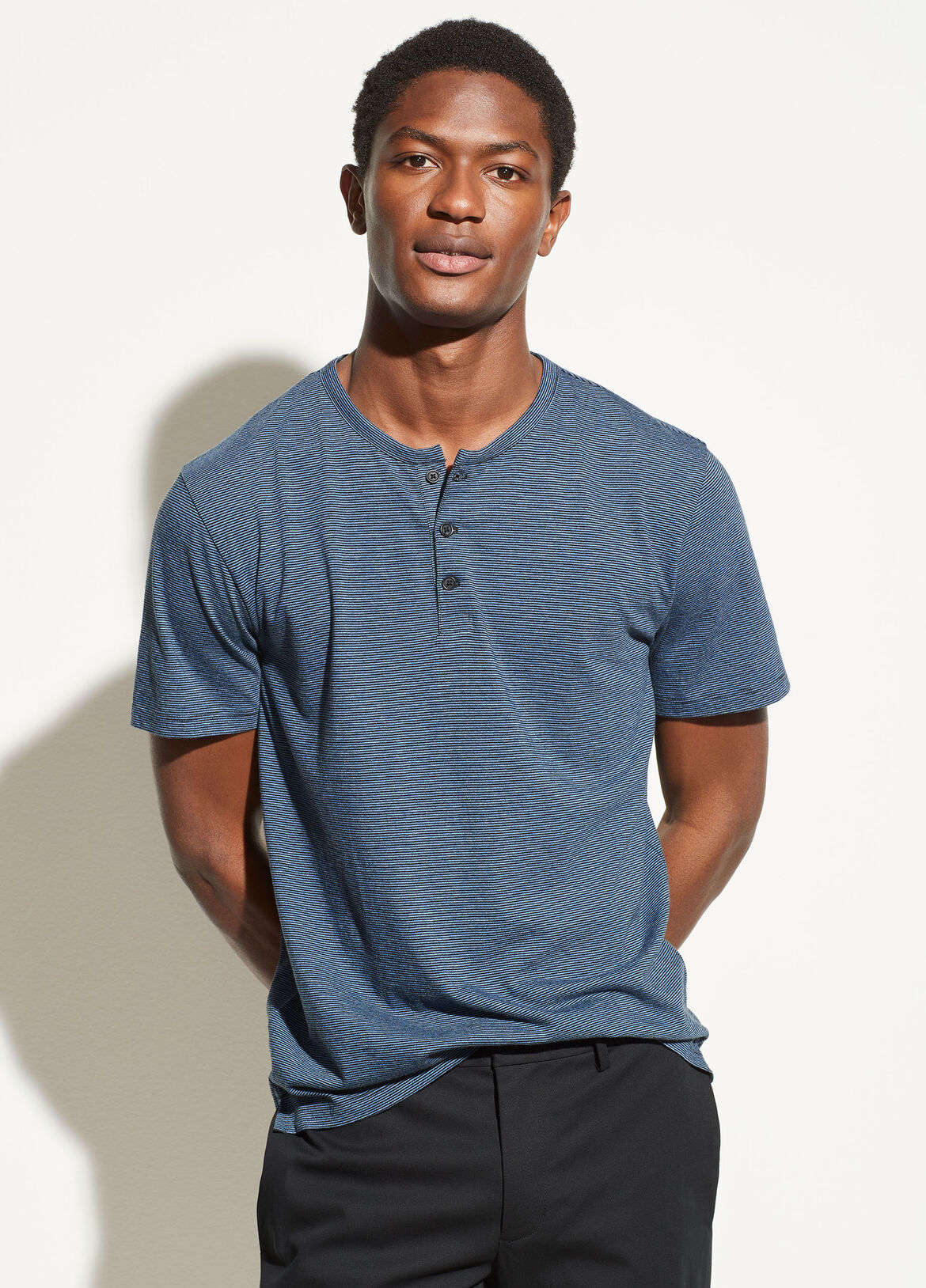 빈스 Vince Feeder Stripe Henley,black/carbon
