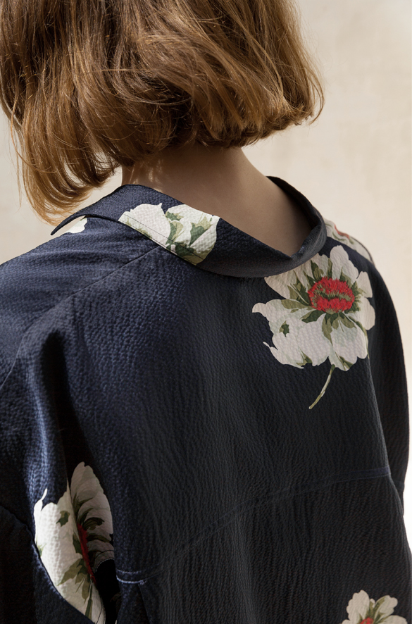 Gardenia Floral Tie-Sleeve Silk Blouse Vince Spring for Women