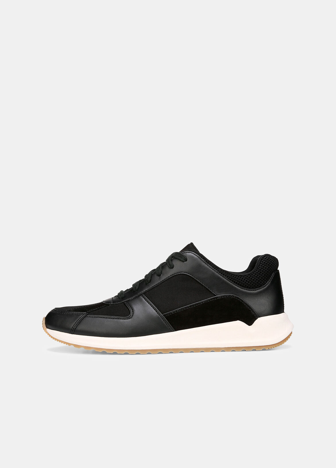 These sneakers are made from a combination of leather canvas in a low-top silhouette. They're fashioned on rubber soles for comfort and grip.