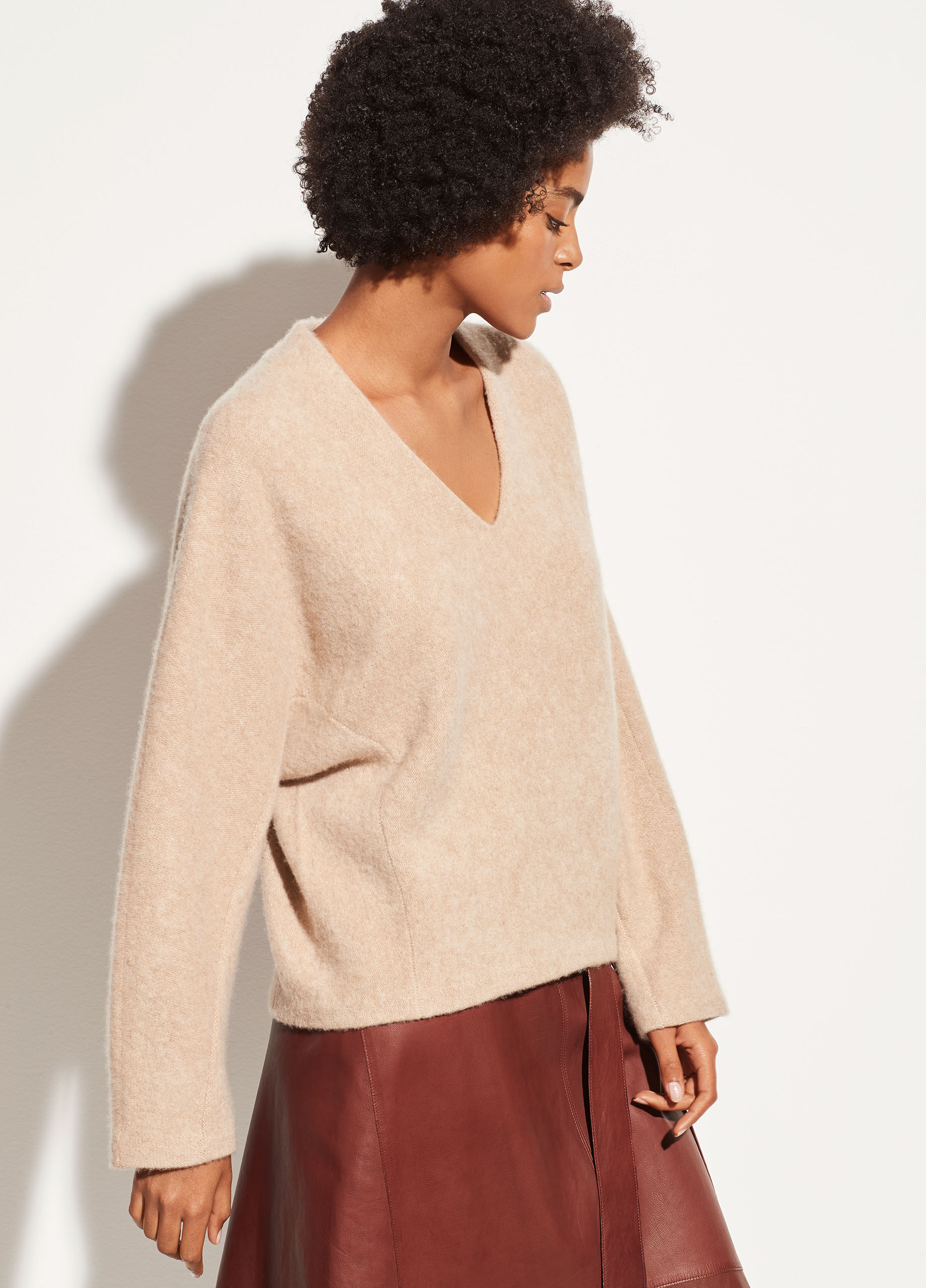 Vince Womens V Neck Cashmere Dolman Sweater