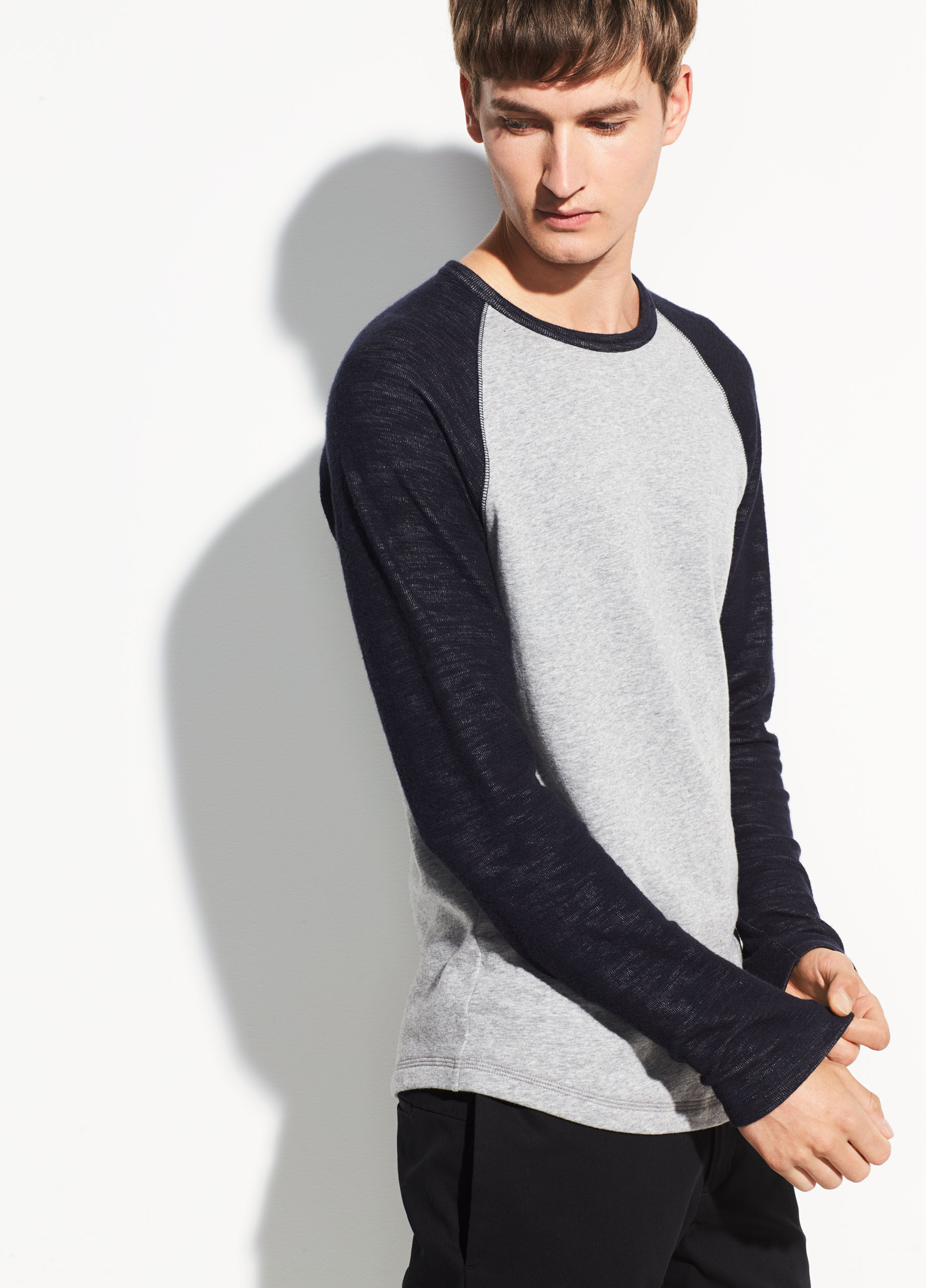 Rrive Men Round Neck Color Block Casual Knit Long Sleeve Pullover Sweater