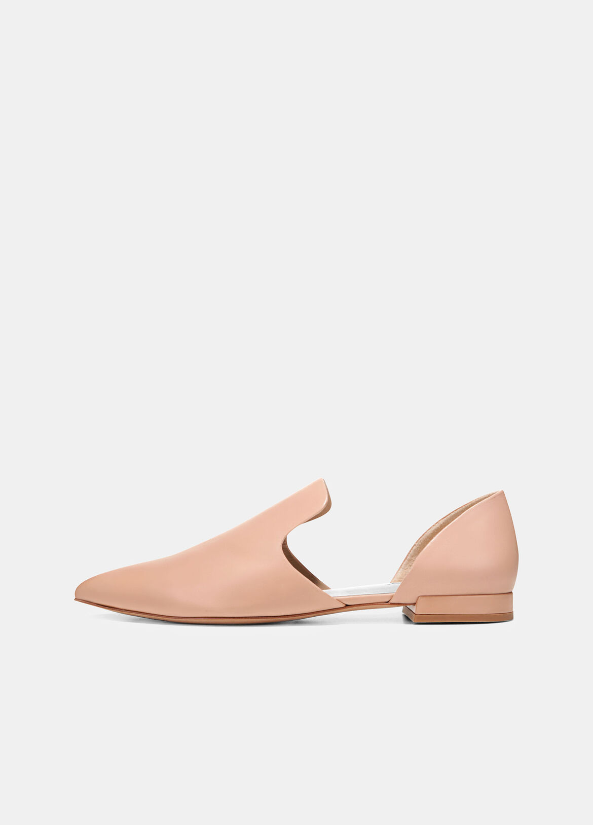 Crafted in Italy, these flats have a modern d'Orsay silhouette in smooth leather. The pointed toe and slight heel give them a sophisticated look and feel.