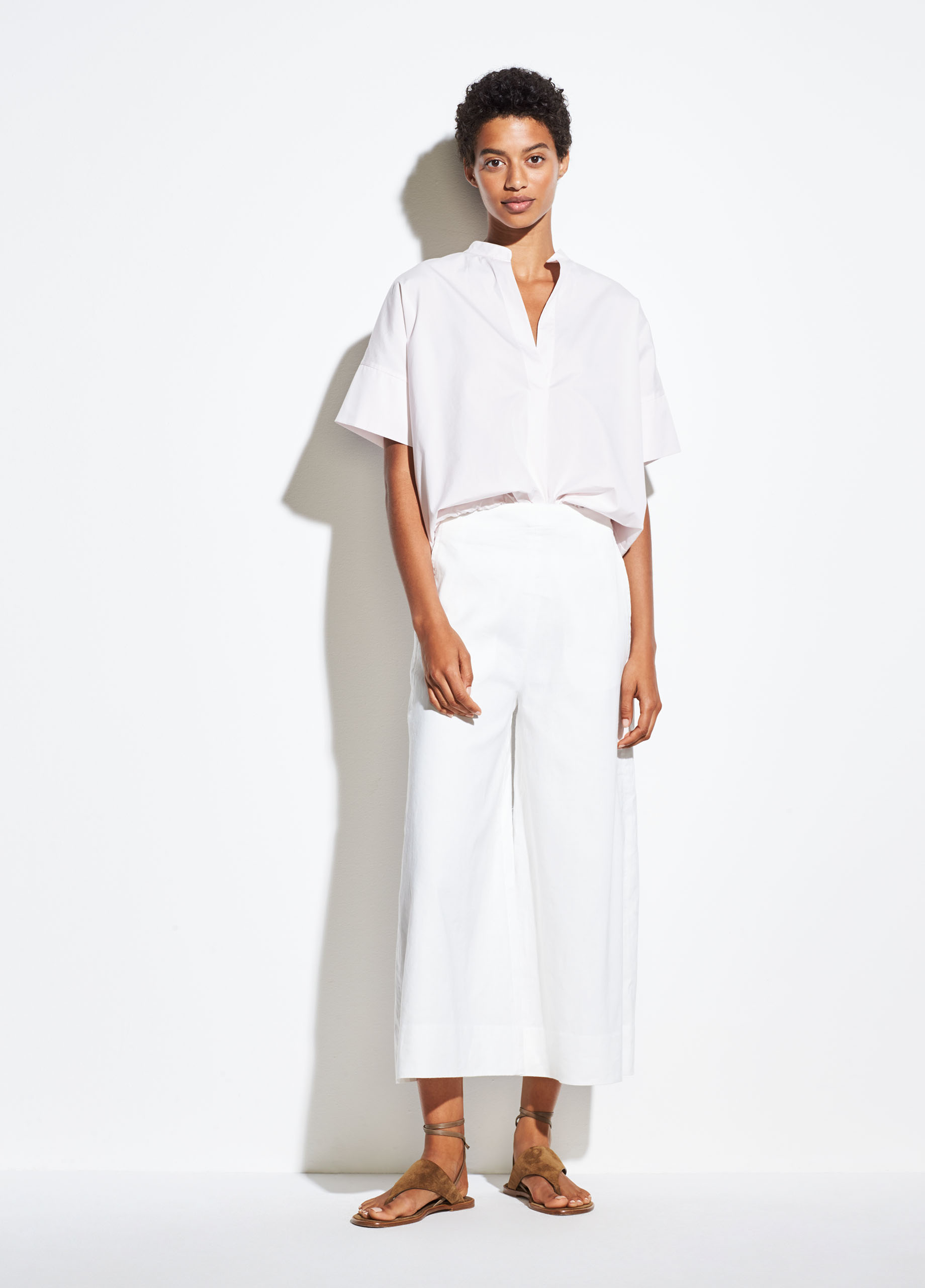 Cropped Wide Strap Linen Shell