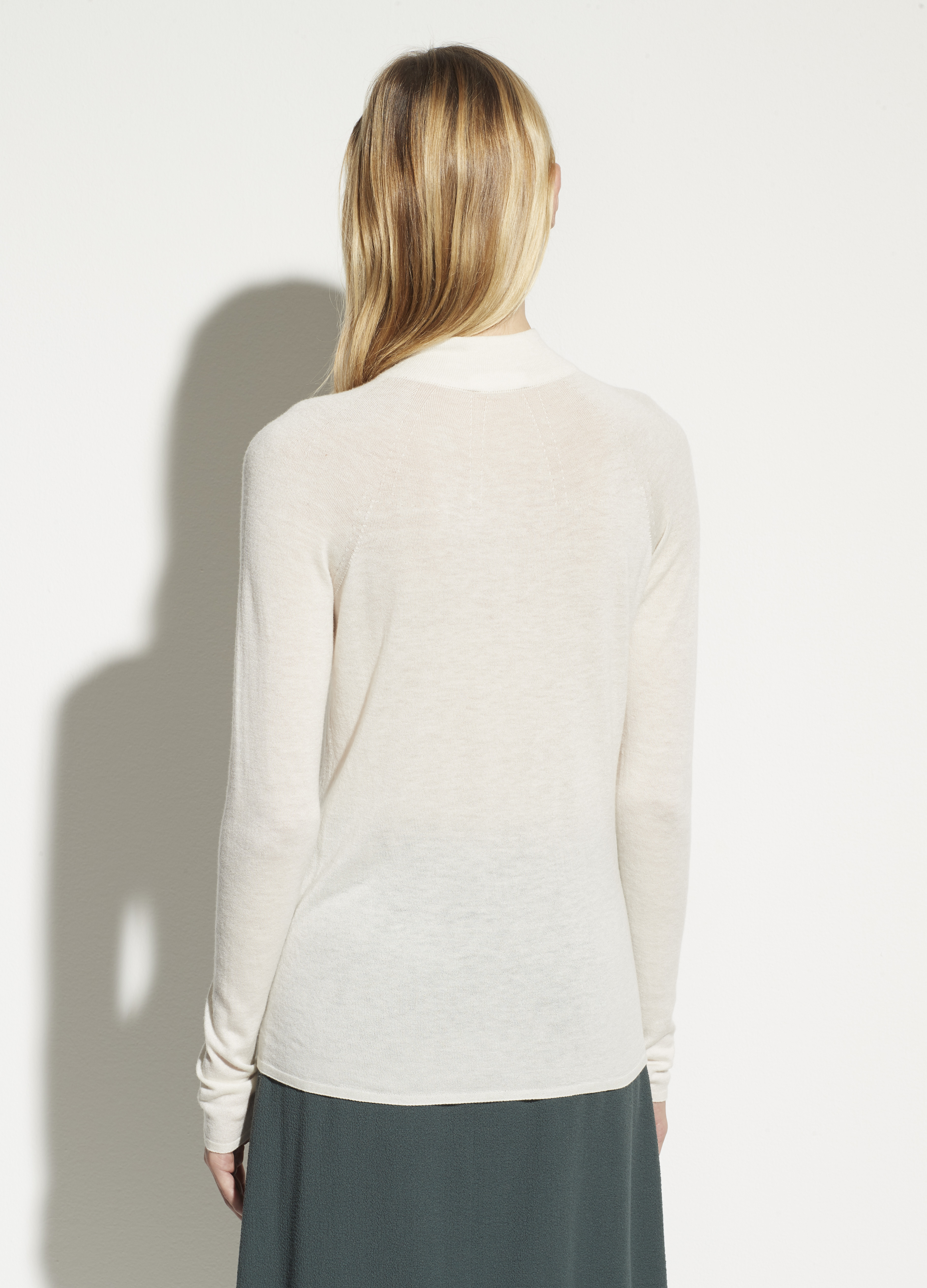 Seamless Funnel Neck Pullover