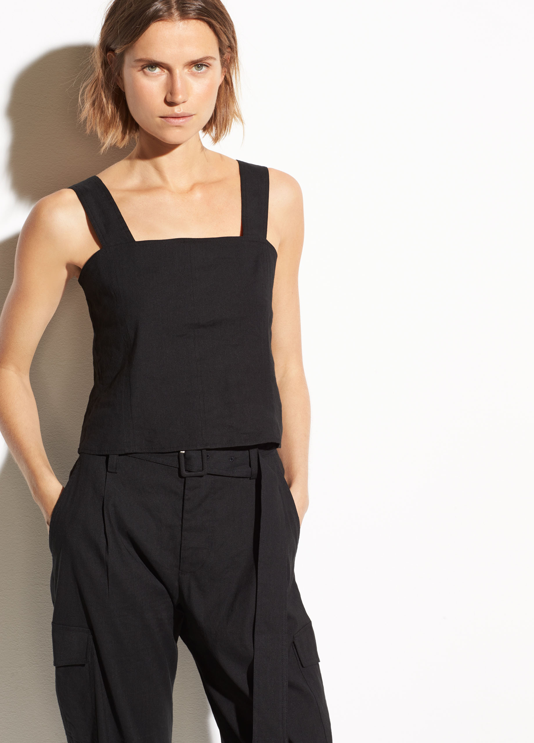 Pleat Front Linen Short