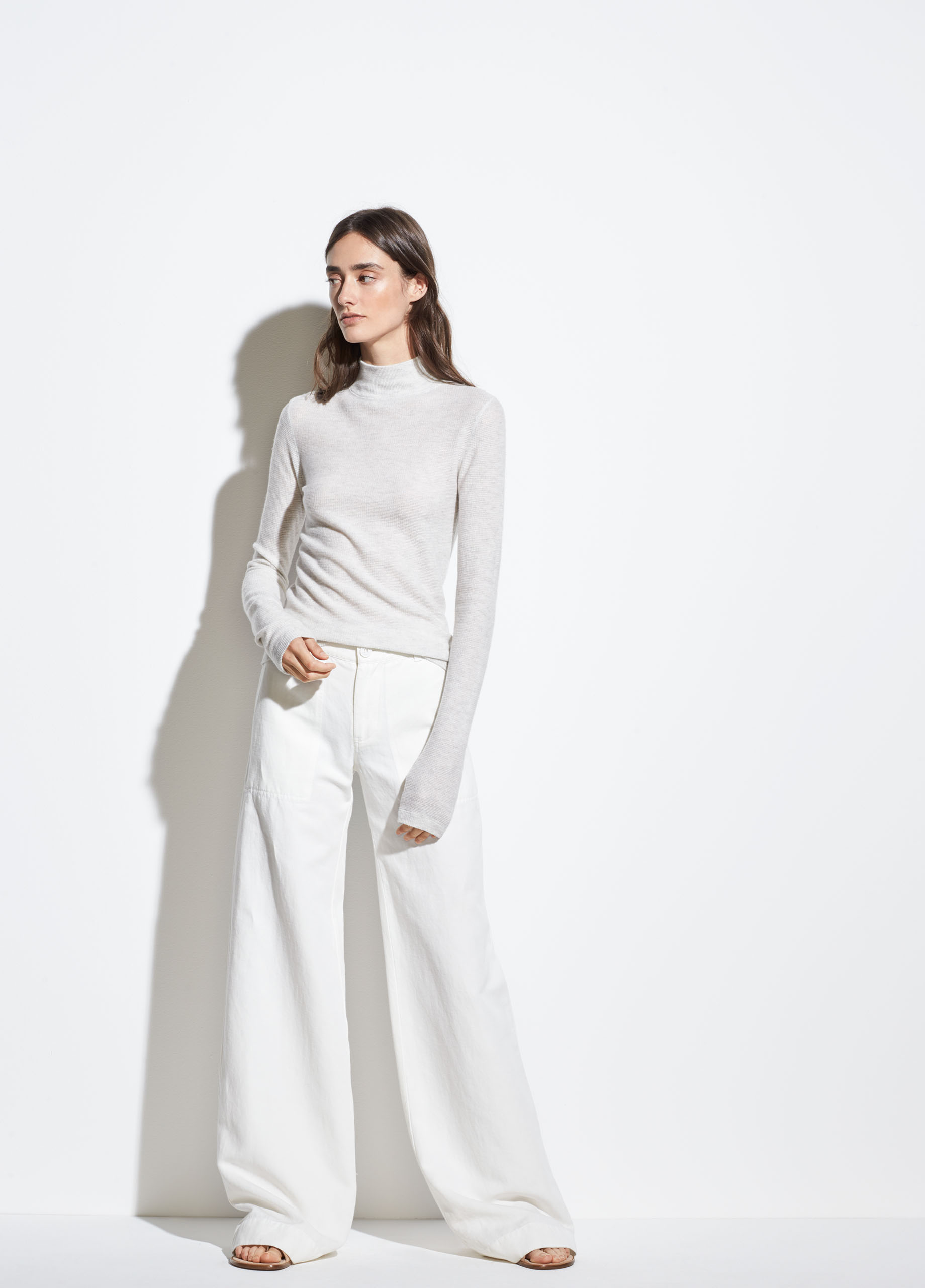 Saddle Sleeve Cashmere Turtleneck