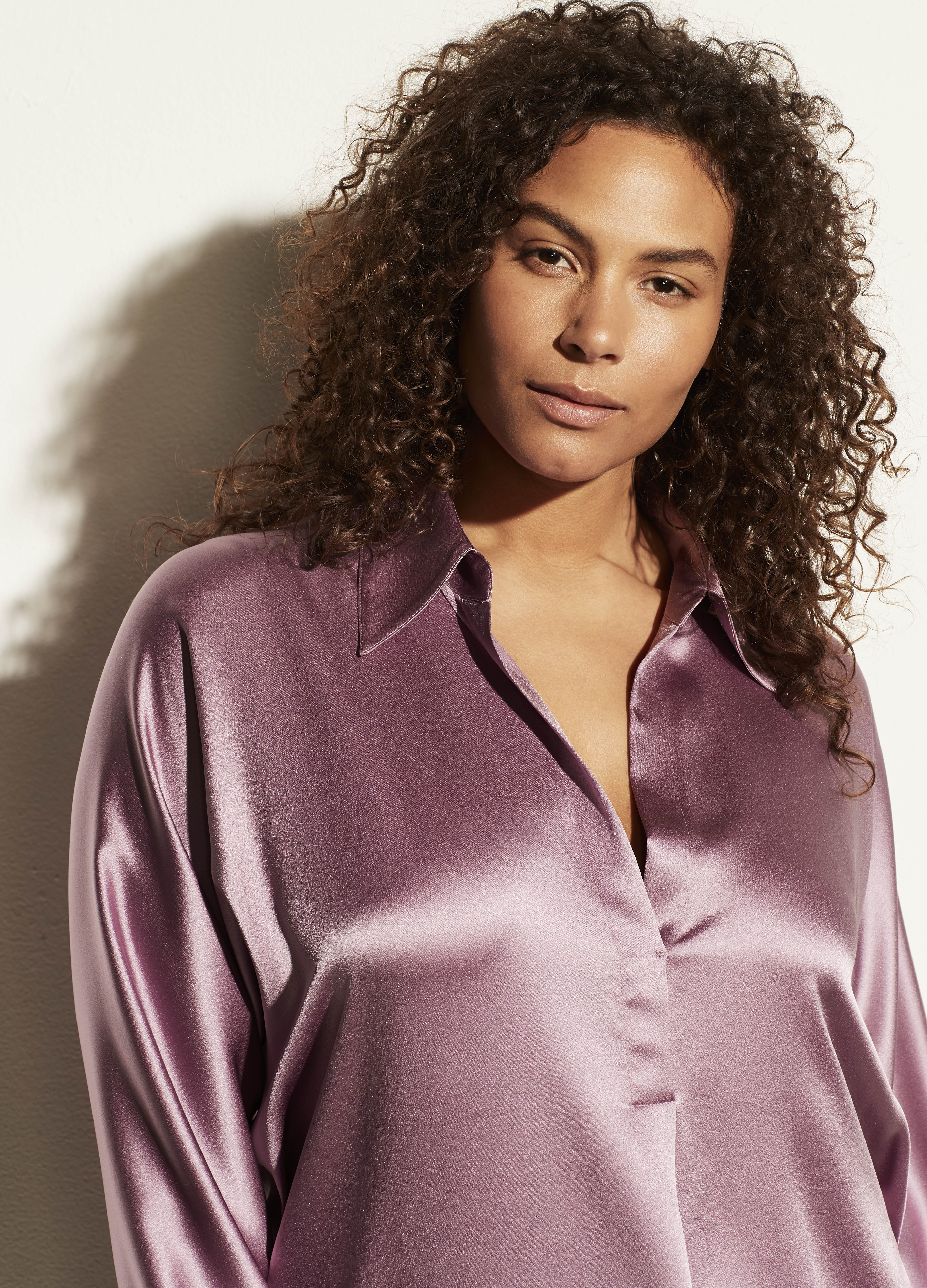 Shaped Collar Popover