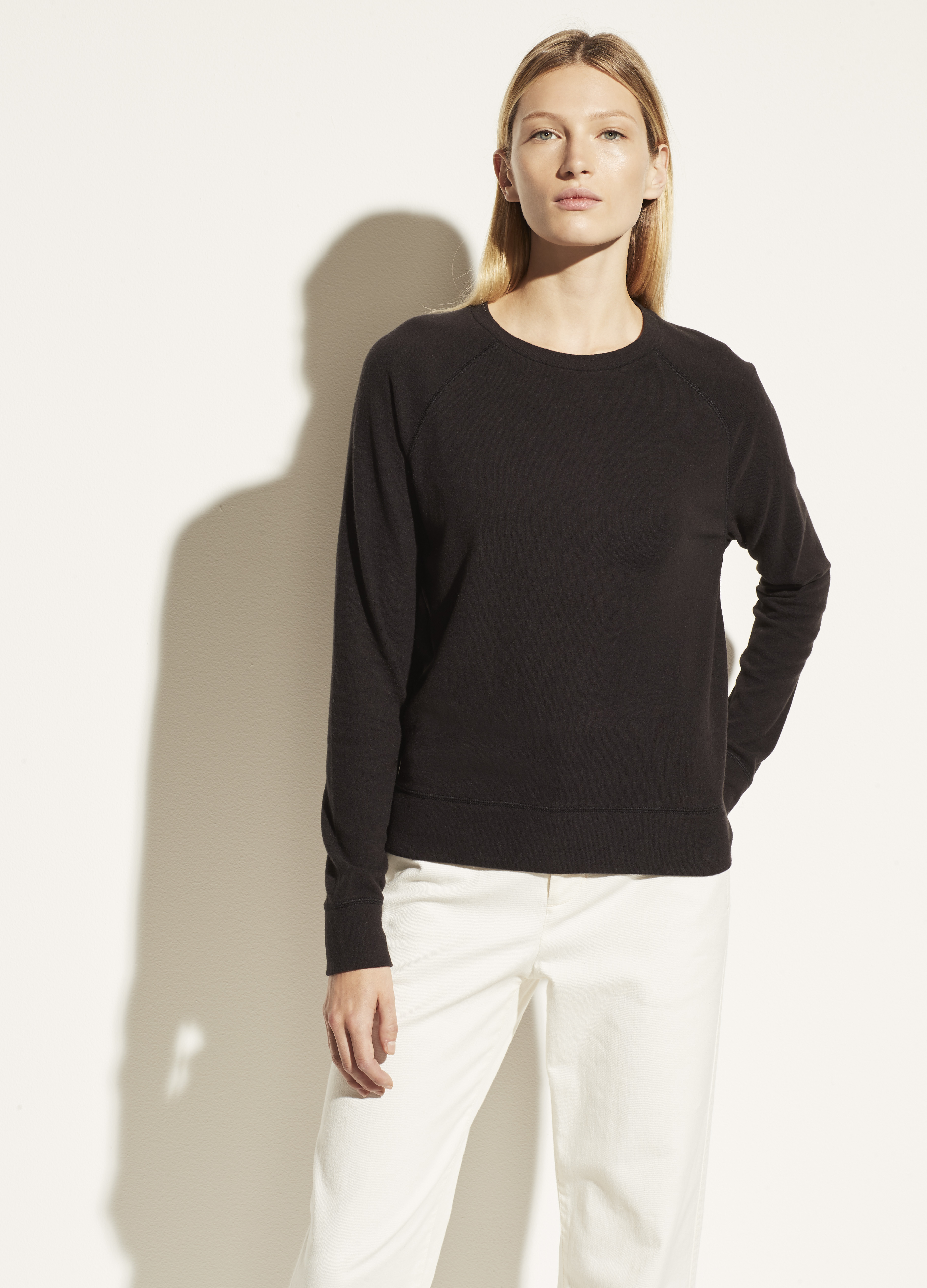 Long Sleeve Raglan Pullover