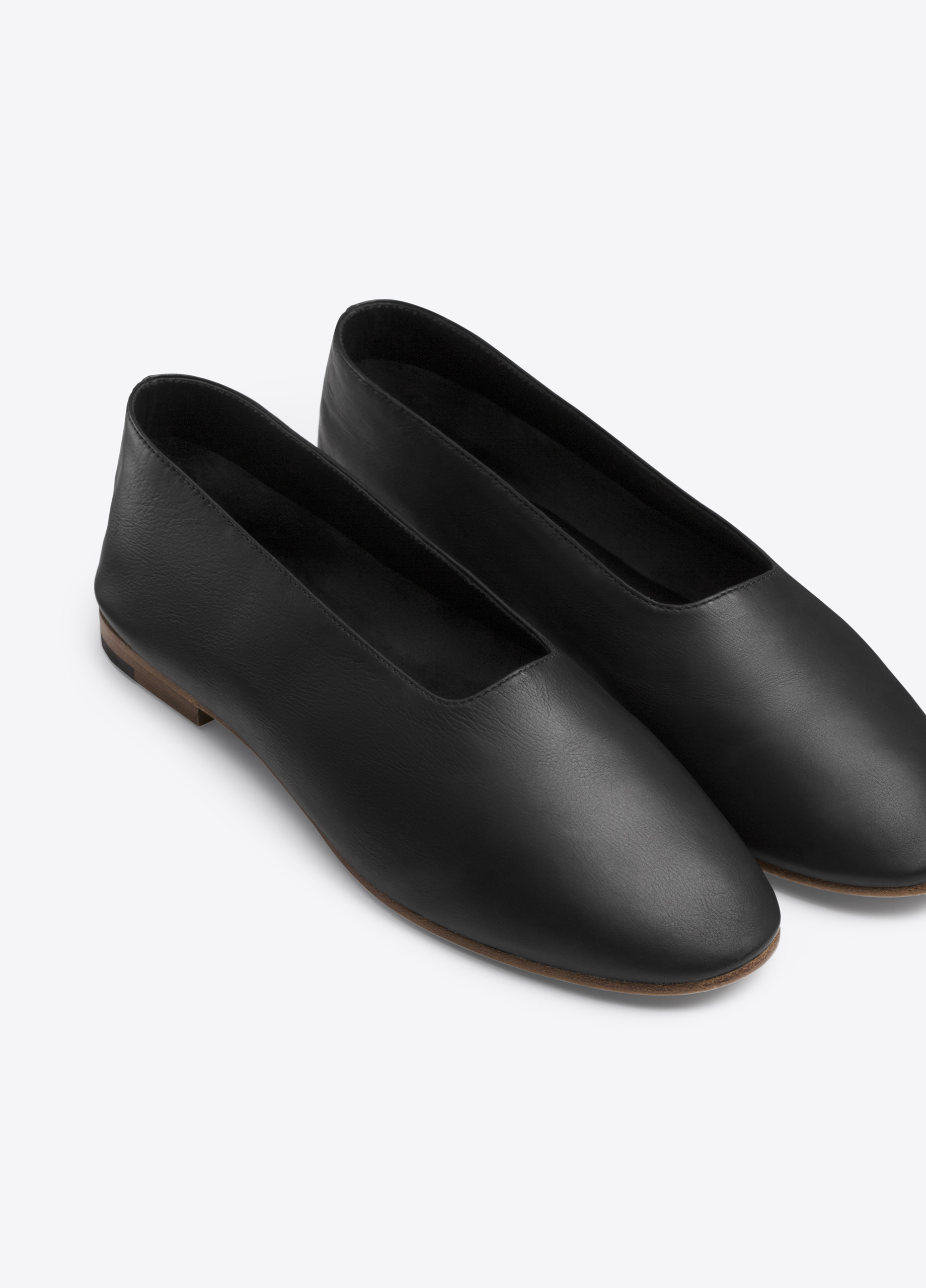 03e153d60 Maxwell Leather Flat for Women | Vince