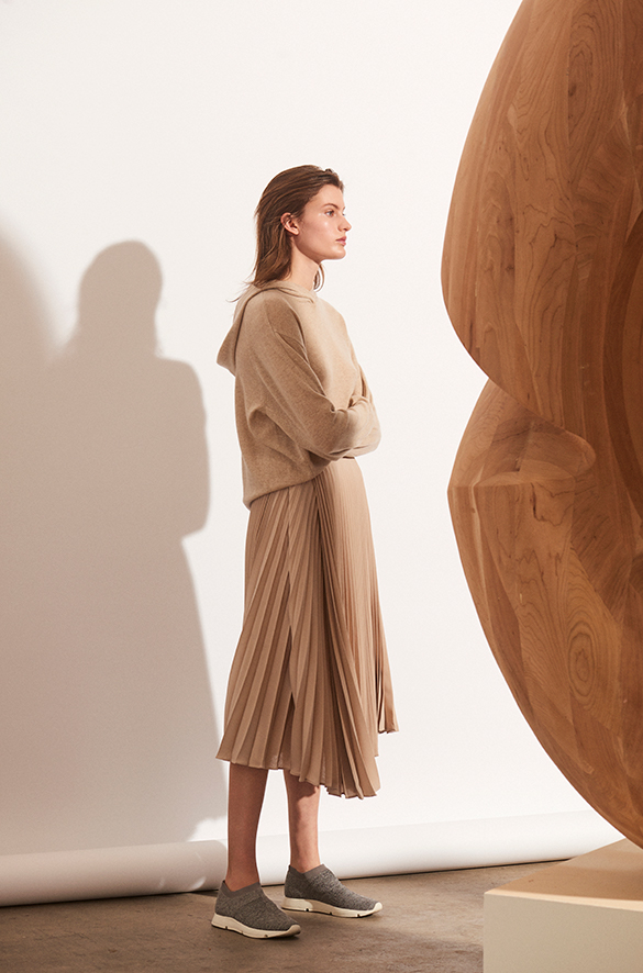 Drape Pleated Skirt Fall 2018 Collection for Women